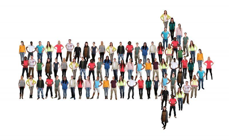 Leute People Menschen Gruppe Richtung Pfeil Erfolg Team Teamwork freigestellt
